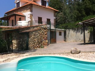 Private 'Farmhouse' with Pool, Quinta Lamarinho
