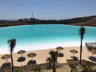 2 Bedroom Garden Apartment with Access to Stunning Lagoon
