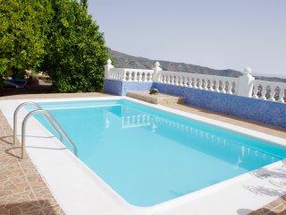 Casa Rosa, Villa con piscina privada, Billar, Gimnasio, Ping Pong,TV Sat y Wi-Fi