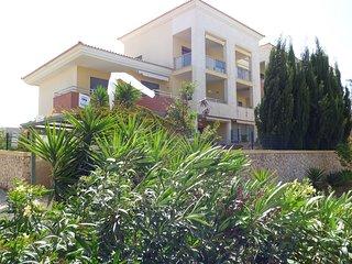 2 Bedroom penthouse Jardins da Guia Free Wifi