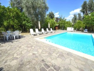 3 bedroom holiday home with the pool for up to 9 people in Sorrento city centre