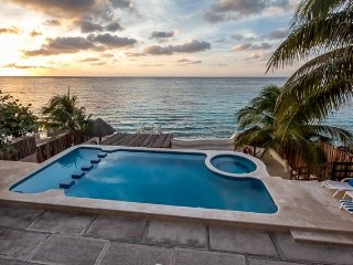 Casa Diane (202) - Beautiful Condo, Ocean View, Fantastic Pool