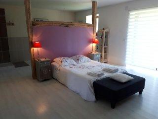Grande chambre en Périgord vert