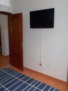 TV EN DORMITORIO PRINCIPAL