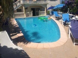 Maison avec piscine a 1km du sanctuaire