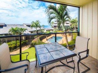 Pacific View+Chic Decor! Relaxing Lanai, Kitchen, WiFi, Washer/Dryer–Makahuena