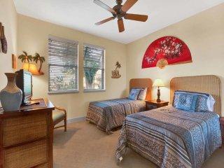 Ground Floor Ease w/Open Kitchen, Lanai, WiFi, Laundry, AC–Halii Kai Waikoloa