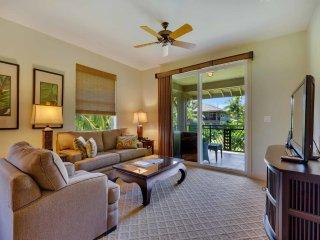 Island Touches+High Style! AC, WiFi, Lanai, Gourmet Kitchen–Halii Kai Waikoloa