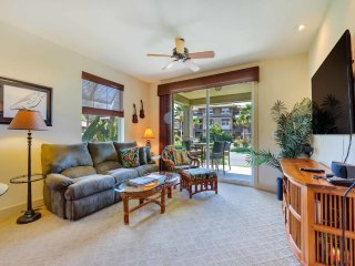 Family Pick w/Lanai to Lawn, Kitchen Ease, AC, Laundry, WiFi–Halii Kai Waikoloa
