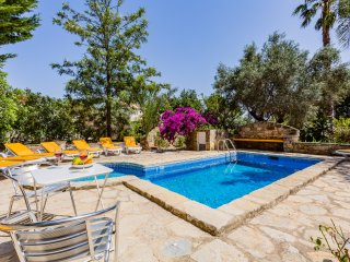Vale do Lobo Beach House with Private Pool - 5 Br