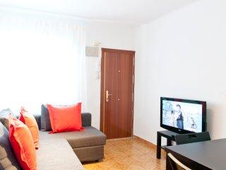 Comodo y Reformado Apartamento en Madrid - WIFI/AC