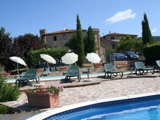 2 bedroom Apartment in Villa A Sesta, Tuscany, Italy : ref 5506450