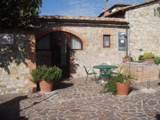 2 bedroom Apartment in Villa A Sesta, Tuscany, Italy : ref 5506441