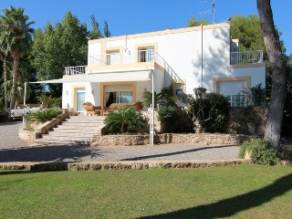 Holiday Villa Caliu near Sta. Gertrudis