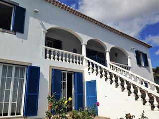 2 - Quintinha Fernando - Piscina privada y  con vistas al mar ( Quarto 2)
