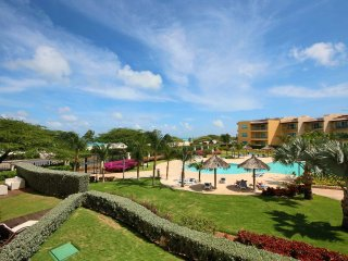 Crystal View Three-bedroom condo - BG232 - BEACHFRONT - EAGLE BEACH