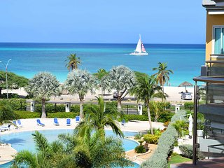 OCEANIA RESORT - Coral Luxury Two-bedroom condo - E423 - BEACHFRONT - EAGLE BEAC
