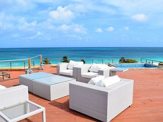 OCEANIA RESORT - Regal Penthouse Two-bedroom condo - BC351-2 - BEACHFRONT - EAGL