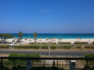 Majestic View Three-bedroom condo - E221 - ADULTS-ONLY - BEACHFRONT - EAGLE BEAC