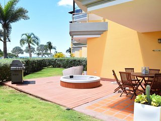 OCEANIA RESORT - Beach Garden Two Bedroom condo - E124 - BEACHFRONT - EAGLE BEAC