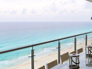 Luxury Cancun