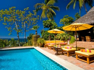 5 BR Upscale beach front house in Conchas chinas ! great for big groups