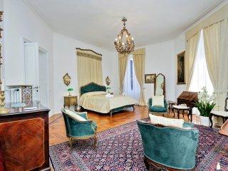 Prestigious Apartment Via Veneto