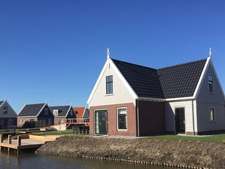 Luxurious Water Villa 523 at Port of Amsterdam villa parc