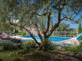 Appt Epidaurus 4 with swimming pool