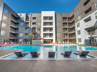 Stay Smart In Dallas 2 BR/2 BA (142)