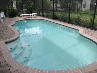16606LBL. 4 Bed 2.5 Bath Pool Home close to Disney and Shopping