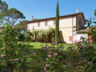 5 bedroom Villa in Grosseto, Tuscany, Italy : ref 5226841