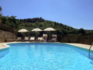 7 bedroom Villa in Valfabbrica, Umbria, Italy : ref 5226682