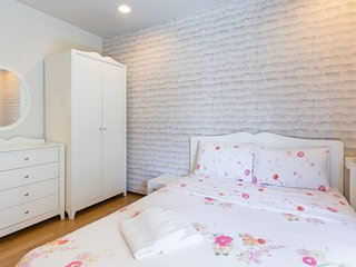 Baan SanSuk Beachfront Condominium HuaHin_HBE Two Bedrooms Apartment,Pool View