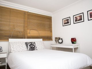 Central London Apartment With Wifi & within walking distance from Oxford Street