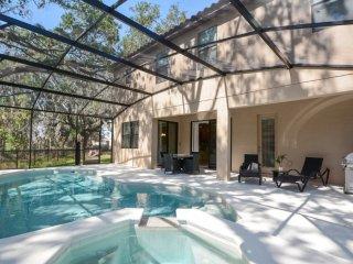 7 bedroom suite, best location, 10 min from Disney