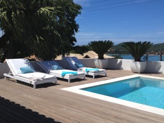Buz027-Luxury villa with private pool in Alto de Buzios with ocean view