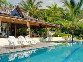 Bah022-Magnificent luxurious villa with garden and pool in Trancoso