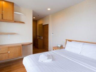 Baan SanSuk Beachfront Condominium HuaHin_HEE Two Bedrooms Apartment,Pool View