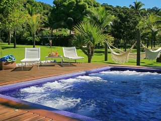 Ang025 - Luxurious beachfront property in Ilha Grande with swimming pool