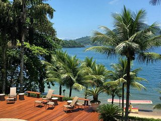 Ang019 - Magnificent beach house by the sea in Angra dos Reis up to 24 people