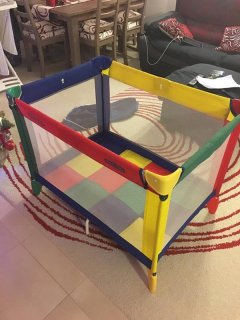 Travel cot for babies