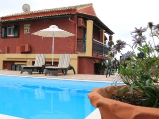 Villa Aris 4 bedrooms with private pool & Wi Fi.