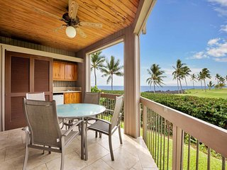 Style+Space in Sunny Kona! Full Kitchen, Private Lanai, WiFi, TV, Laundry