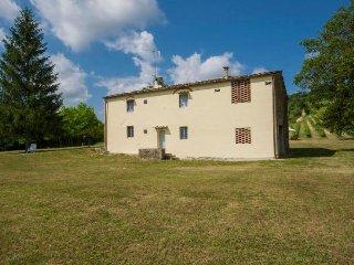 Casale in Chianti con piscina a 16 km da Firenze