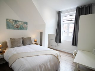 Snug 1 bed Flat by Willesden Station