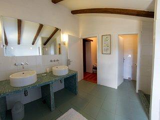 bath in 2nd floor