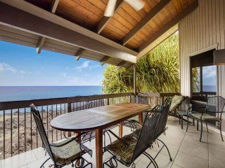 Paradise at Ocean Edge! Chic Kitchen+Bath, Lanai w/Wet Bar, WiFi, TV, Laundry