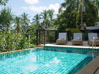 Phu Chaweng Villa with Seaview Samui