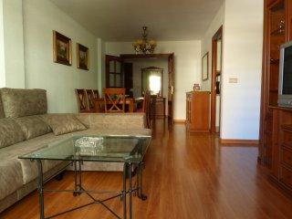 3 Dormitorios- 3 Piscinas - Playa 300 m